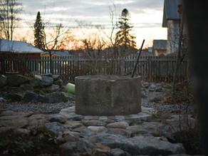 En grillplats av en cementring