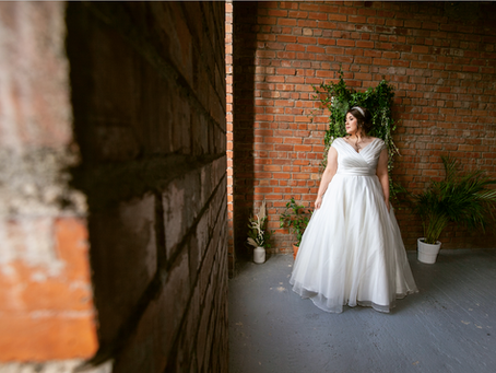 Behind the scenes - Photoshoot for Curvy Chic Bridal