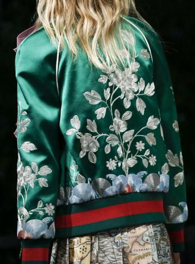 ilovegreeninspiration-fashionblog-marinellarauso-bomber-jacket-fashiontrend-01