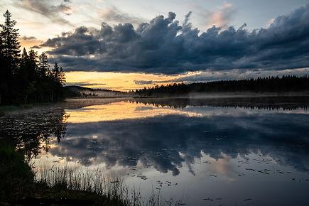 Kvällen stundar östra sjön.jpg