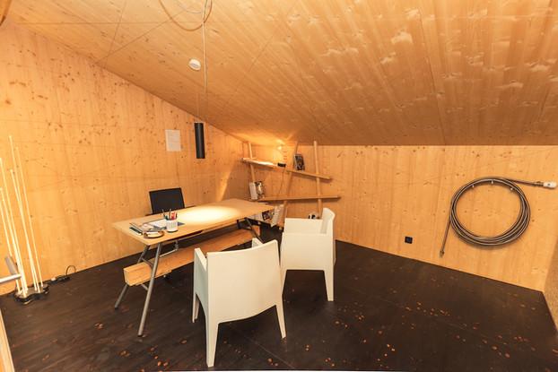 Büro 4.JPG