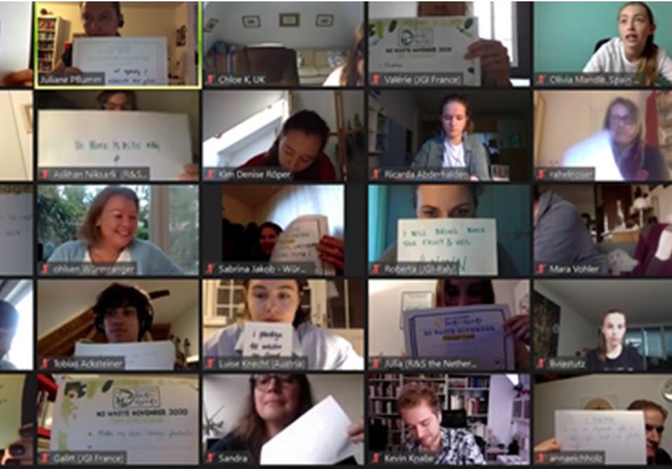 Miniheroínas participan en encuentro R&S