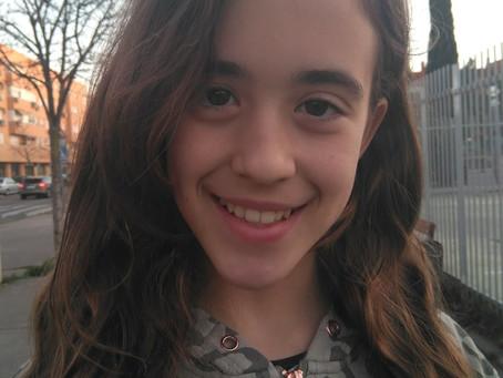 Lucía, miniheroína y creadora del grupo R&S ChimPAnZés