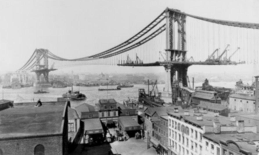 Manhattan Bridge under construction in 1