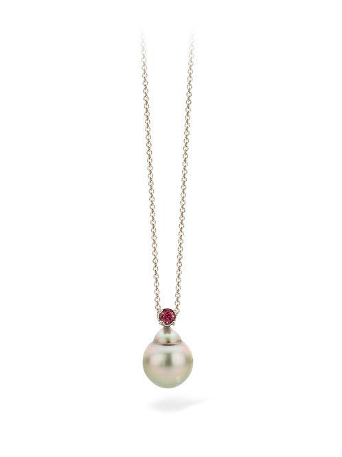 Tahiti pearl pendant with garnet