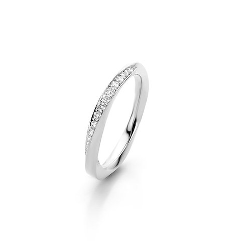 "White gold ""mobius"" ring with white diamonds"