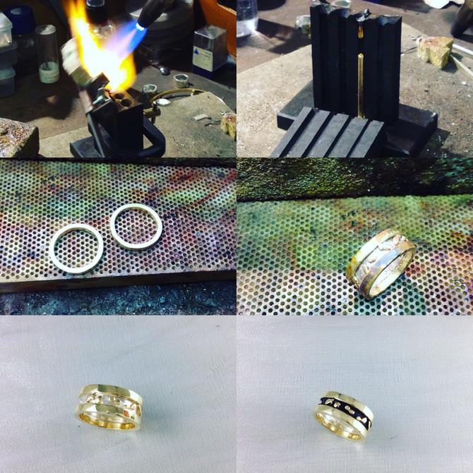 Het maken van een zilver- en geelgouden ring
