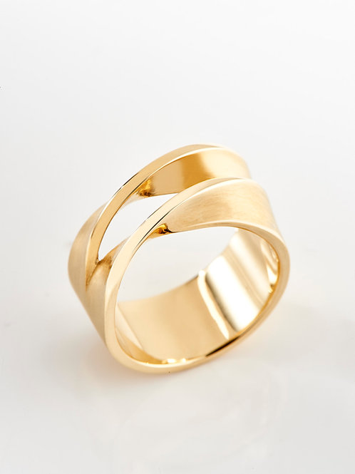 Gold double twisted ring