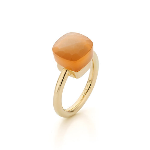 "Yellow gold ring with a ""mushroom"" cut orange moonstone"