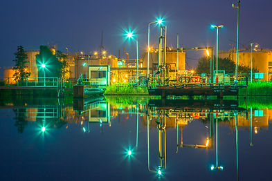 docking-site-refinery-P8MCTQ5.jpg