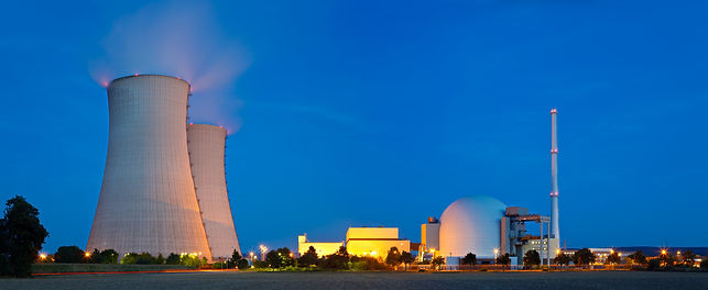 nuclear-power-station-at-night-VJU6Q2Z.j