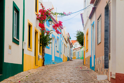 Romantische Gasse in Faro