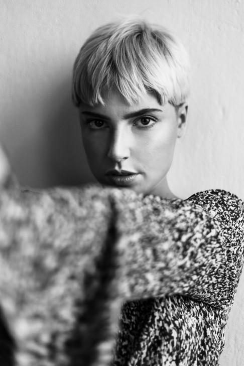 Mod: Izabela Omiljanowicz Fot: Klaudia Mielewczyk Mua & hair: Martyna Plińska