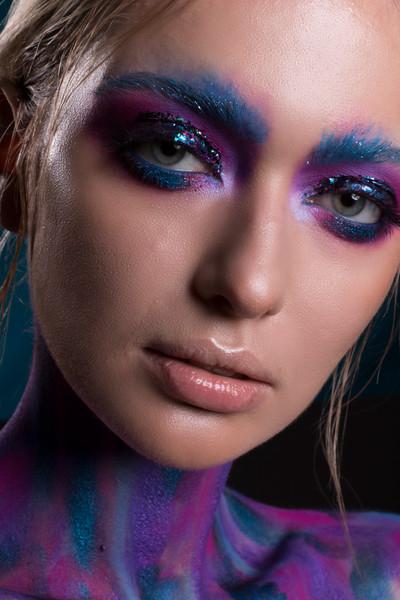 Modelka: Dana Mostek Mua: Magdalena Klonecka  Fotografia: Martyna Plińska