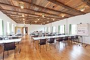 Huggenberger-Saal_Klassenzimmer.jpg