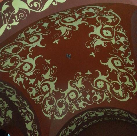121 Геликон опера.Красное крыльцо.Роспис