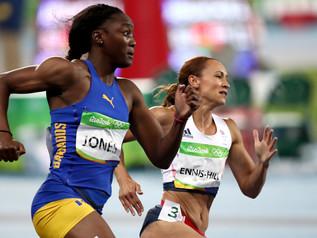 Akela JONES (BAR), future grande de l'heptathlon?