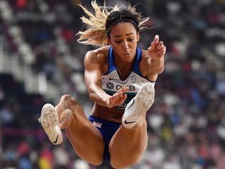 DOHA 2019 - Saut en longueur (5/7) : K. JOHNSON-THOMPSON (GBR) prend une option sur le titre.