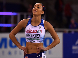 Championnats d'Europe 2019 (4/5) : K. JOHNSON-THOMPSON (GBR) fait le break à la longueur.