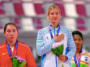 Yekaterina VORONINA (UZB), championne d'ASIE avec 6 198 points.