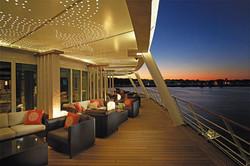 Regent's Voyager Horizon Lounge Deck