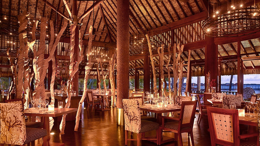 Arii Moana restaurant, Four Seasons Bora Bora