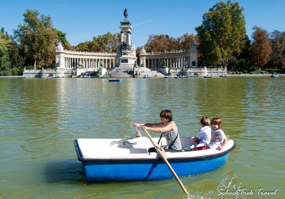 Monument to King Alfonso XII & Lake, Retiro Park