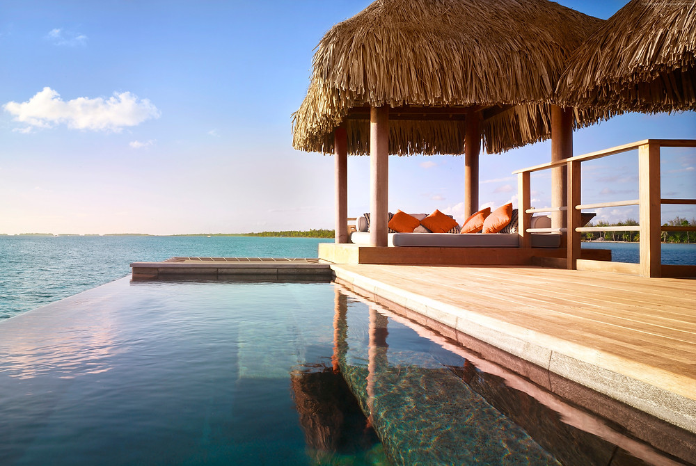 Plunge poool of overwater bungalow, Four Seasons Bora Bora