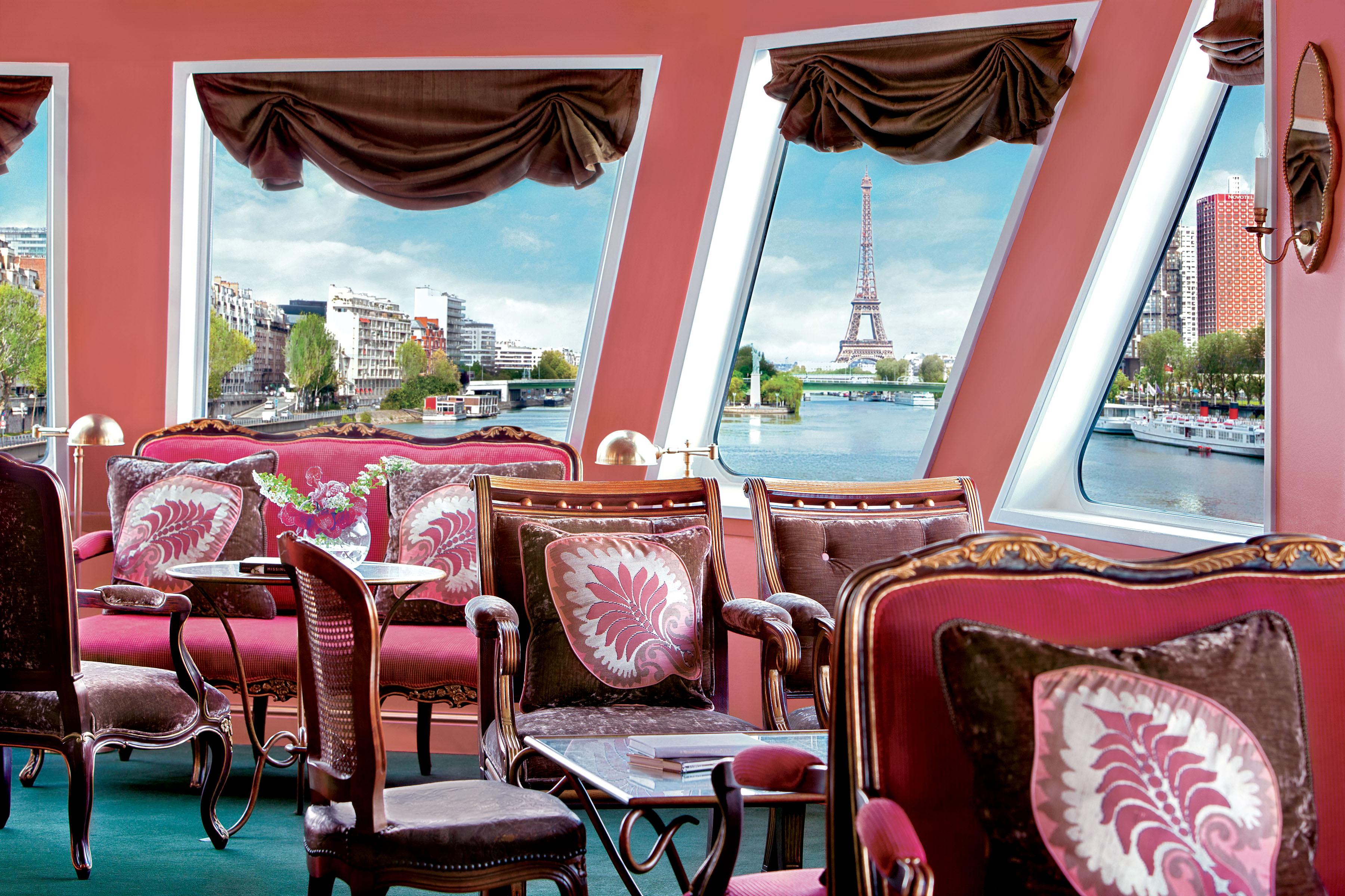 Uniworld's River Baroness Lounge