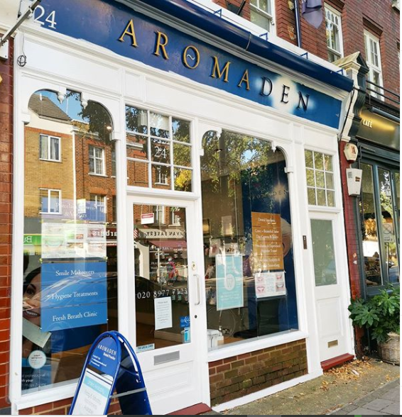 Photo of the front Aromaden Dental Practice