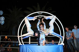 ruota di rhon,german wheel,effetti pirotecnici,proiezioni,ruota tedesca,spettacoli,show,act,acrobata