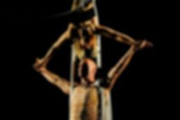 TESSUTI AEREI DANZA AEREA DISCIPLINE AEREE TELI STOFFE NASTRI TENDE DRAPPI SETE DANZATRICE ACROBATI AEREI ACROBATICI SPETTACOLI EVENTI VOLANTI AERIL SILK CIRCO CIRCENSI TRAPEZISTA COMPAGNIA ACROBATICI SPTTACOLI SHOW ACT PERFORMANCE AEREE SPETTACOLI WEDDING
