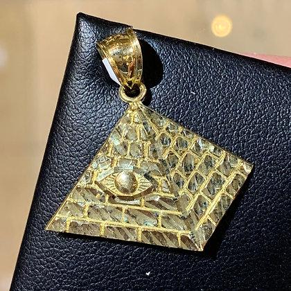 10k Pyramid pendant