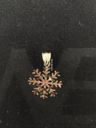 10K Snowflake Pendant