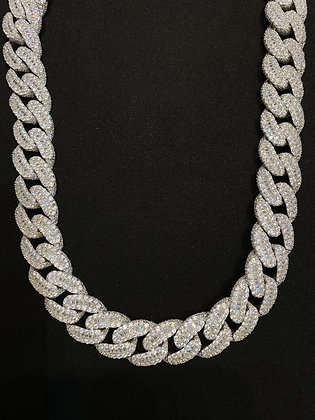 18mm White Cuban Baguette Iced-Out Chain