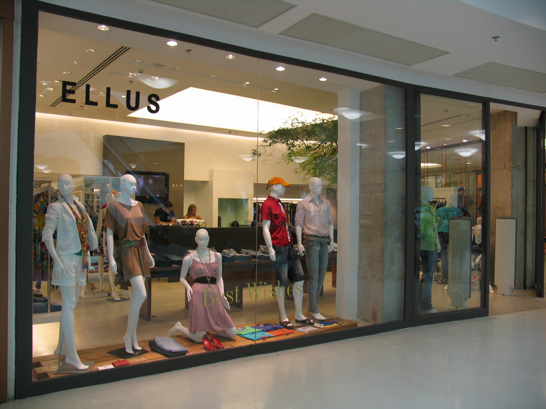 Ellus - Shopping Leblon