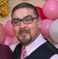 Pastor Armando.jpg