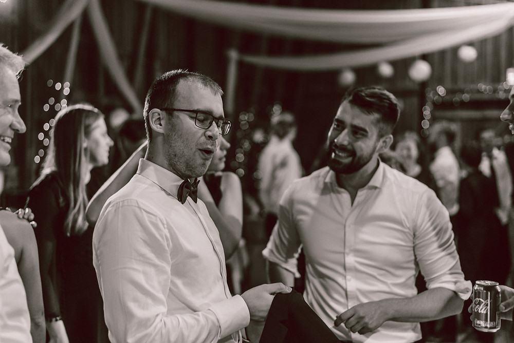 Häät Navalan Lato Kirkkonummi hääkuvaaja