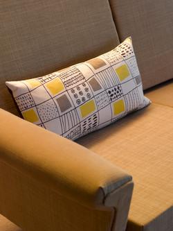 textile lelf hand side