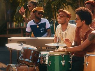 Anderson .Paak & Bruno Mars Keluarkan Single Baru Silk Sonic, 'Skate'