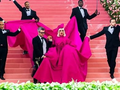 Intip Bareng-bareng Fashion 'Unik' Para Artis Dunia Di Met Gala 2021!