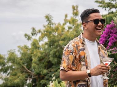 Arief Muhammad Berhasil Lelang Mobilnya Seharga 500 Juta!