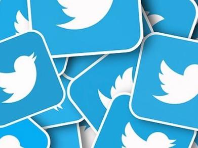 Uji Coba Timeline Baru Twitter Fullscreen Untuk iOS