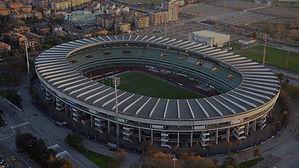 Lo-stadio-di-Verona_edited.jpg