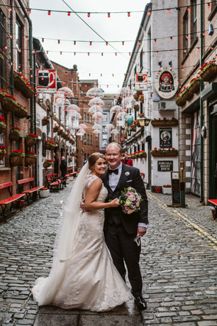 Cathedral Quarter wedding