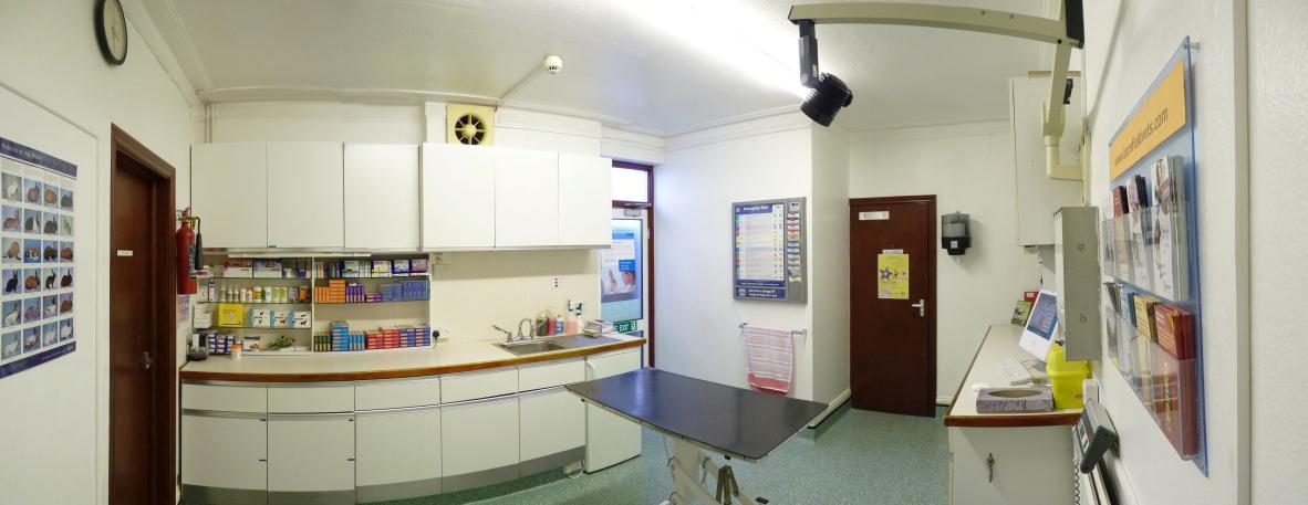 Harrow Consult room b
