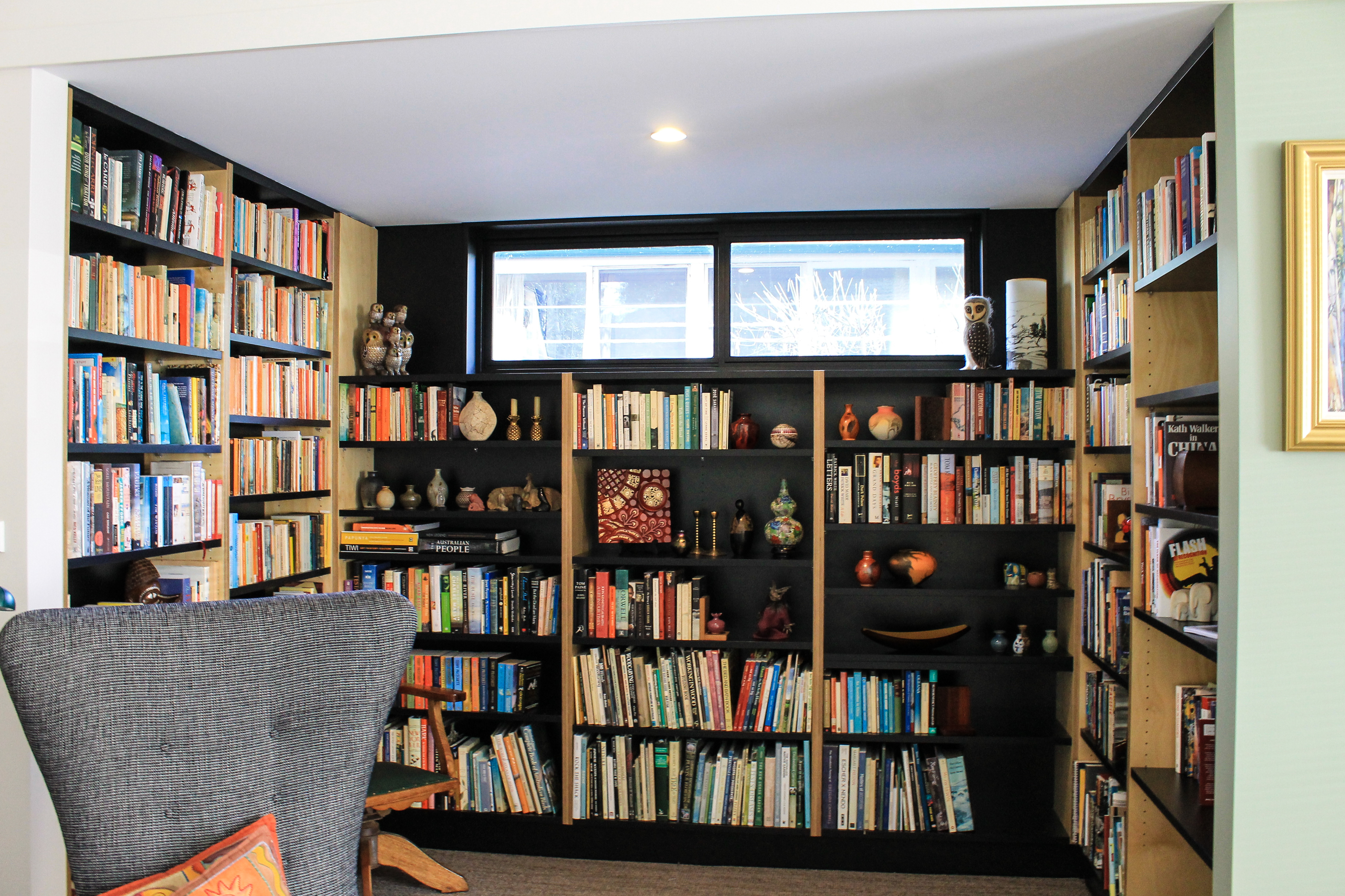 Library - Book Shelving