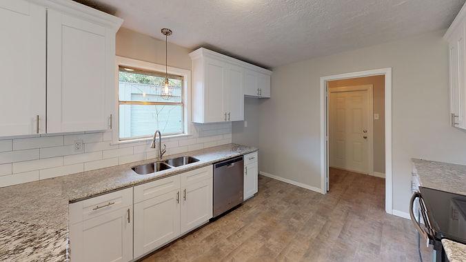 1225-Crestview-Dr-Kitchen.jpg
