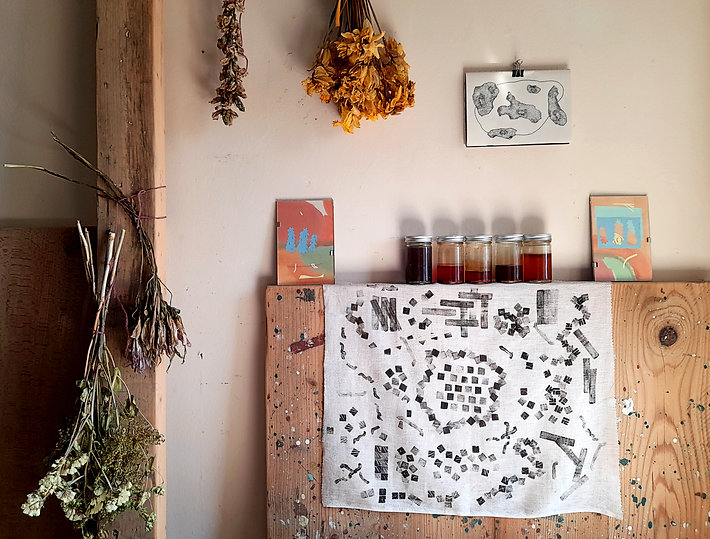 Copy of 20. collection of drying flowers, inks and artworks at home.jpg