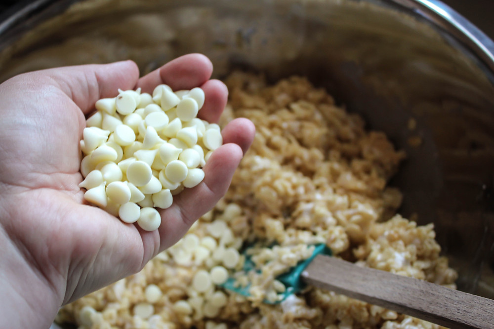 White Chocolate Rice Crispy Treats by JeJe Design